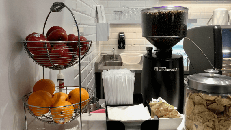 炒蛋、煎蛋、奄列⋯ 用蛋做賣點的多倫多機場環亞貴賓室?