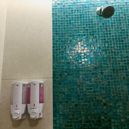香港機場免費淋浴設施:轉機時好好洗澡吧!